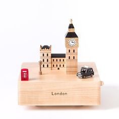 London Wooden Music Box Price $34.95 - Just wish it was playing a different tune... :(
