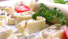 Pikante Käseröllchen mit einer Masse aus Frischkäse, Schinken, Zwiebeln, Schnittlauch und Eiern gefüllt. Perfekt als kleiner Snack für zwischendurch oder für Einladungen.