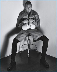 Sung Jin Park takes to the pages of GQ Australia for a striking fall story. The Korean model demonstrates an ease of movement before the lens of photographer Philippe Vogelenzang. Sung models a sharp selection of pieces from the fall-winter 2016 collection of Hermès. Here, stylist Brad Homes draws attention to the French fashion house's...[ReadMore]