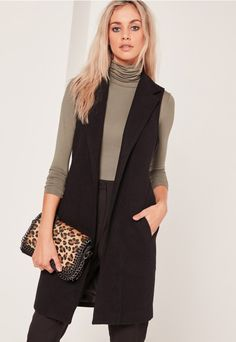 SLEEVELESS TAILORED FAUX WOOL COAT BLACK. #style #trend #onlineshop #shoptagr