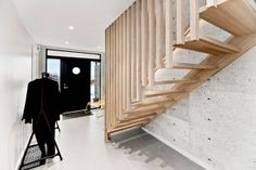 - Rett trapp, vangeløs 1 side, hel ask - Hansen & Justnæs AS Stairs, Home Decor, Stairway, Decoration Home, Room Decor, Staircases, Home Interior Design, Ladders, Home Decoration
