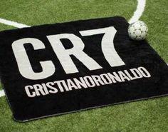 Cristiano Ronaldo lanza al mercado una colección de mantas