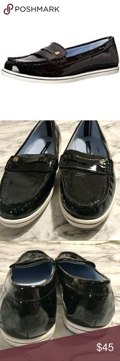 Tommy Hilfiger Patent Leather Loafer Tommy Hilfiger Patent Leather Loafer Super cute flats to go with your nautical style Good preloved condition Tommy Hilfiger Shoes Flats & Loafers