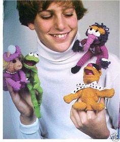 (via ieatcatlitter) knitted Muppet finger puppets (inspiration)