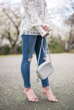 dogwoods in bloom, dogwoods are blooming, white floral off the shoulder top, distressed jeans, distressed denim, gigi new york purse, off the shoulder top, pink mules, pink bow mules, bow tie mules, bow mules, spring fashion, spring outfit ideas, spring outfit inspo, ombre earrings, gray earrings