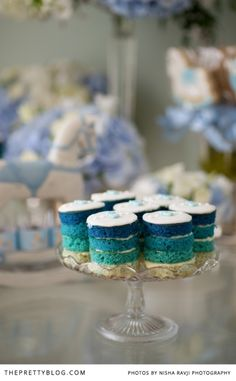 Small blue ombre cakes | Photographer: Nisha Ravji, Coordinating: White Door Events