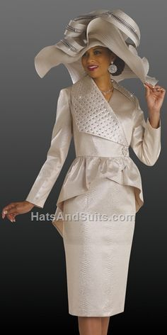 Dress fall Source by Church Suits And Hats, Women Church Suits, Suits For Women, Ladies Suits, Church Hats, Church Dresses, Dresses For Teens, Fall Dresses, Derby Outfits