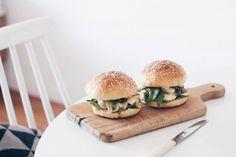 Burger_SunriseOverSea_03 (1)
