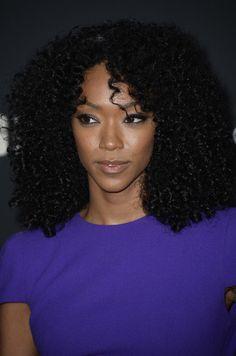 divalocity:  Actress Sonequa Martin-Green