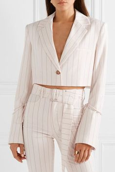 Orseund Iris - Box cropped pinstriped wool-blend blazer in 2020 Chic Outfits, Pretty Outfits, Fashion Outfits, Womens Fashion, Fashion Clothes, Fashion Details, Look Fashion, Fashion Design, Looks Style