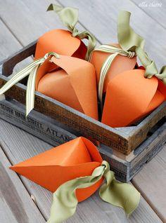 Portaconfetti a forma di carota