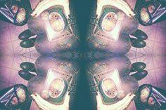 WANNA RIDE?! #pocketmirror #snorting #caleidoscope#deepdream#mirror#trippy#edm#rave#steilgehen#followthewhiterabbit #puppyslug #wannaride #mirrormirror#ambient#colours#dreamy#paranoia by crippleslastdance