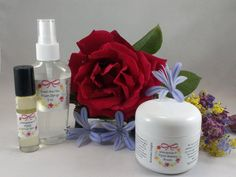 The PMS & Menopause Set is a hormonal rescue that helps balance your hormones and calm other symptoms of PMS and Menopause.