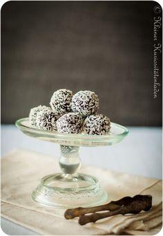 Kleiner Kuriositätenladen: Schwedenwoche, Tag 7: Chokladbollar (Schoko-Haferflockenkugeln)