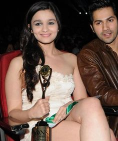 Alia Bhatt Sexy Looks With Varun Dhawan
