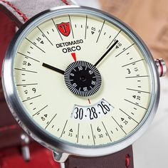 Tictac, Wristwatches, Vintage Watches, Cool Watches, Style Inspiration, Personal Style, Men Watch, Men, Man Watches