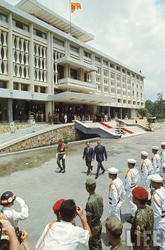 President Nixon's visit to Vietnam - At the Independence Palace
