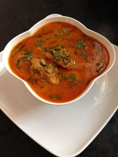 Chicken Kurma Recipe is an authentic Indian style chicken korma made using rich ingredients using dry fruits and cooking the chicken until it is cooked well Chicken Kurma, Chicken Korma Recipe, Kurma Recipe, Chettinad Chicken, Fried Fish Recipes, Veg Recipes, Cooking Recipes, Yummy Recipes, Recipies