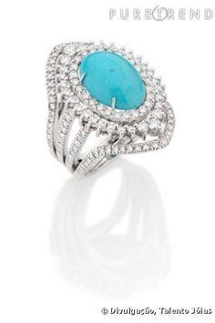 anel de ouro branco com diamantes.
