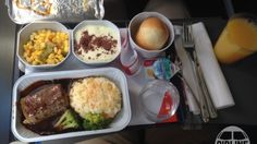 This Website Shows You Photos of What Airline Food Actually Looks Like