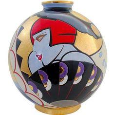 bellissime le ceramiche dipinte con colori netti senza sfumature