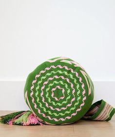 Wayuu mochila bag malambo green and pink