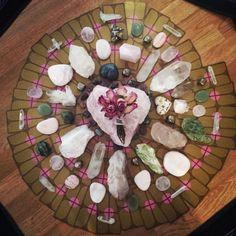 Meditação do AMOR Meditar é a Arte de Serenar a Mente, de Redescobrir a Sua Verdadeira Natureza Espiritual Convido-o a Encomendar a Meditação do AMOR, esta vai Ajudá-lo a Purificar a Sua Mente, Libertando-o de Pensamentos Indesejados e Ecos do Mundo Exterior, Lembrando-o do que é Verdadeiramente Importante: o AMOR.Dê Valor ao AMOR que o Rodeia, Descubra que Já está na Posse deste DOM tão Precioso e Belo, Torne-se um Ser Iluminado, Esclarecido e Capaz de Levar essa Luz, esse AMOR aos Outros