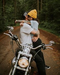 Featured on my favorite wedding blog today >>> @junebugweddings!!! Check them out to see Sarah & Beau's epic motorcycle couples shoot!