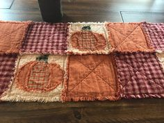 NEW Plaid Homespun PriMiTivE Rag Quilt Table Runner Mat Orange Black Pumpkins Rustic Country Handmade Harvest Fall Thanksgiving Halloween by MichelesPrimitives on Etsy Rag Quilt Patterns, Jelly Roll Quilt Patterns, Modern Quilt Patterns, Fall Sewing Projects, Quilting Projects, Quilting Ideas, Modern Quilting Designs, Fall Quilts, Flannel Quilts