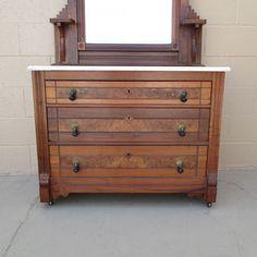 Vintage Dresser Handles - Home Furniture Design Kitchen Dresser Ikea, Ikea Malm Dresser, Boy Dresser, Dresser Plans, Antique Dresser With Mirror, Modern Dresser, Vintage Dressers, Dresser Shelves, Dresser Drawer Handles