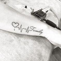 tatuajes con frases de familia y diseño
