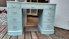 Red Tin Inn: Ladies blue writing desk
