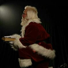 Santa Rich knows the meaning of the Season...