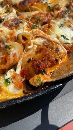 Pork Recipes, Cooking Recipes, Healthy Recipes, Tasty Recipes For Dinner, Dinner Crockpot Recipes, Pasta Recipes, Vegetarian Recipes, Pasta Dishes, Food Dishes
