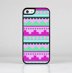 The Lime Green & Purple Tribal Ethic Geometric Pattern Skin-Sert for the Apple iPhone 5c Skin-Sert Case