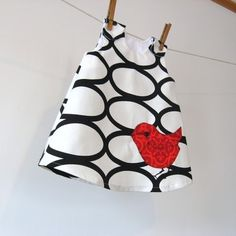 baby smock...I'm so making some of these for my girl.