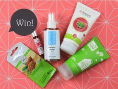 Give-Away! Gewinnt die aktuelle Love Beauty Box für August! » Das Give-Away dieser Woche ist die aktuelleLove Beauty Box für Au ...