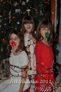 My Christmas card pic this year! Funny Family Christmas Photos, Bettie Page Photos, Christmas Time, Christmas Cards, Night Kids, Kids Ties, Girl Tied Up, Family Humor, Silent Night