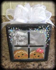 ideas for lighted decorative glass blocks - My Web Value Gingerbread Crafts, Gingerbread Decorations, Christmas Gingerbread, Christmas Decorations, Gingerbread Men, Painted Glass Blocks, Decorative Glass Blocks, Lighted Glass Blocks, Glass Cube