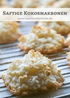 This is how coconut macaroons get juicy and easy! This is how coconut macaroons get juicy and easy! Easy Cookie Recipes, Baking Recipes, Cake Recipes, Dessert Recipes, Fall Desserts, Christmas Desserts, Halloween Desserts, Macaroons Christmas, Christmas Recipes