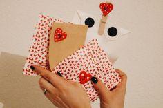 24 idées d'activités à mettre dans le calendrier de l'avent Vsco, Playing Cards, Playing Card Games, Game Cards, Playing Card