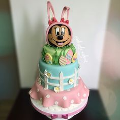 Minnie Easter Cake