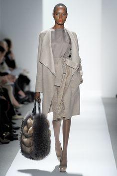 Dennis Basso Fall 2012 Ready-to-Wear Fashion Show