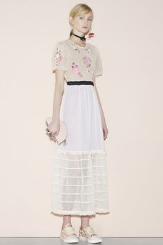 Red Valentino Spring 2016 Ready-to-Wear Fashion Show