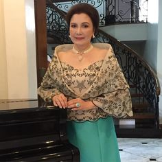 """My date at the SONA! @pinaypole @dior_snow @gstonechef @jenniferre20 @therealryzza @popsfernandez"" Maria Clara Dress Philippines, Philippines Outfit, Philippines Fashion, Modern Filipiniana Gown, Filipiniana Wedding, Boho Wedding Dress, Wedding Pantsuit, Tito Sotto, Filipino Fashion"
