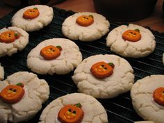 This recipe was published in the Arizona Republic on July 31, 2001 ~ World Famous Paradise Bakery Sugar Cookies