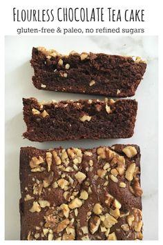 Flourless Chocolate Cake made from almond flour and no refined sugars! #cake #glutenfree #chocolate #paleo