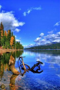 Payette Lake at McCall, USA | (Source)