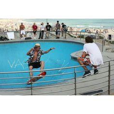Bondi Beach. #bondibeach#bondi#bondibeachsydney#sydney#igersydney#sydneylife#australia#australiagram#skate#skatelife#skateboarding#instatravel#instapassport#instamoments#travel#travelphotography#traveltheworld#traveladdict#exploretheworld#beautifuldestinations by effe_effe13 http://ift.tt/1KBxVYg