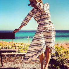 Julie et les tropéziennes, les robes de Saint Tropez Made in France Saint Tropez, Julie, Made In France, Wrap Dress, Chic, Dresses, Fashion, Gowns, Shabby Chic